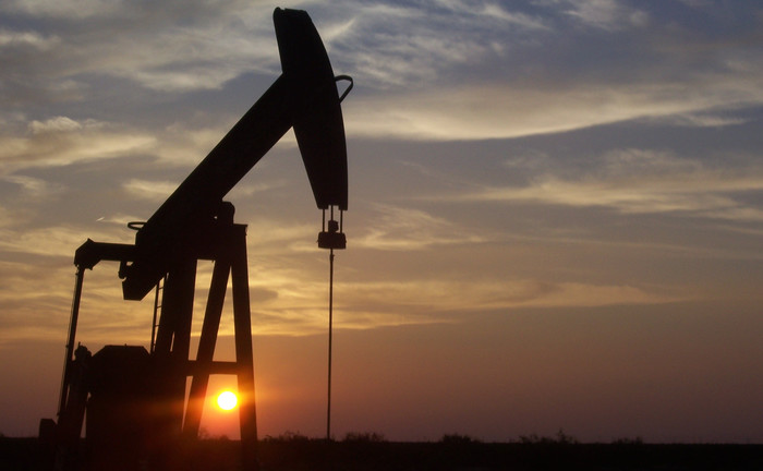 Oil Glut is Impacting the World Economy